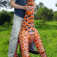 giraffehomo